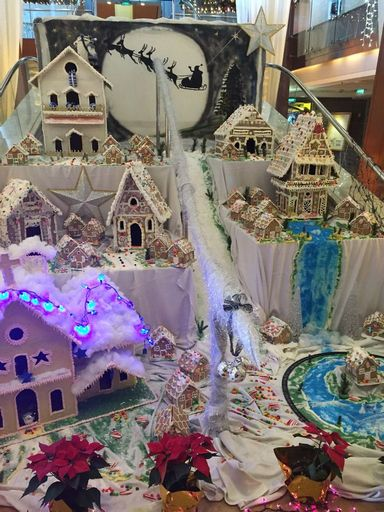 Celebrity Infinity Christmas decorations_result